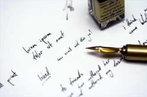 feather-fountain-pen-writing